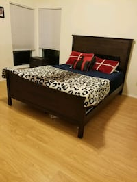 Queen bed with memory foam mattress  Dallas, 75252