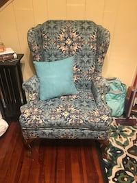Wing Back Arm Chair 776 mi