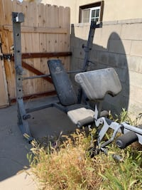 Weight lifting bench (read description) Palmdale, 93551
