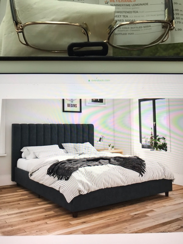 Black and brown wooden bed frame 57ffdf50-b1f3-4560-828c-8899f3ddccd7