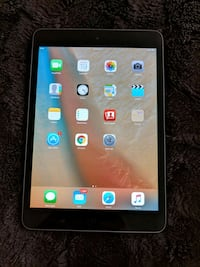 iPad mini 1st gen like new comes with box and case Toronto, M5S 3L4