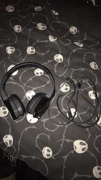 MONSTER HeavyBass Corded Auxiliary Headphones Lake Forest, 92630