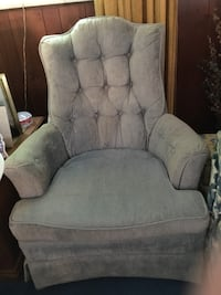 2 blue arm chairs Springfield