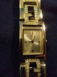 Woman's Guess watch...needs battery Edmonton, T5X 6G1