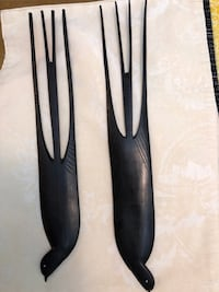 Hand carved in Kenya big black birds. 3 pic of this with dimensions Kent, 98031
