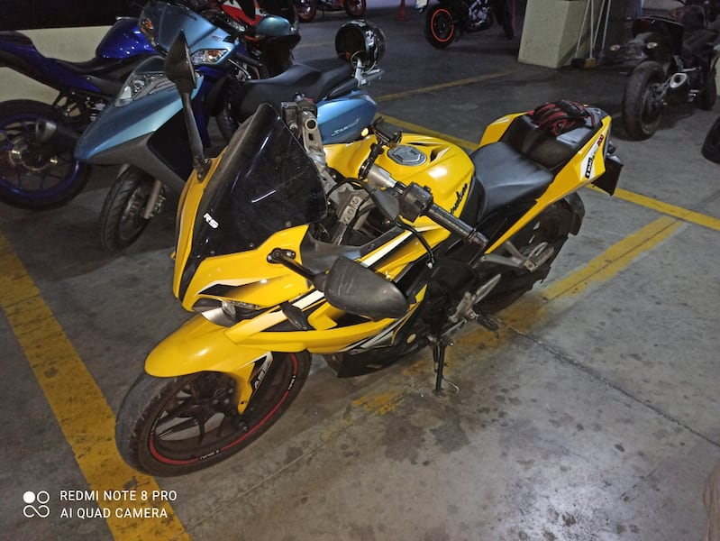 2015 MODEL PULSAR RS200  41ae6aa7-8020-499c-83ba-9634ddf531b2