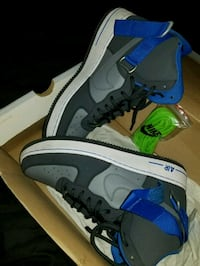 pair of black-and-gray Nike sneaekers Miami, 33161