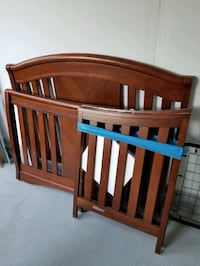matress + lightly used baby crib. has some scratches as seen in pic.  Brampton, L6S 4Z1