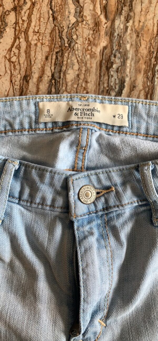 Abercombie & Fitch jeans size 8 5