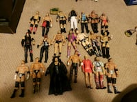 Wwe figures for trade for Nintendo games or sale  Toronto, M4J 3T2