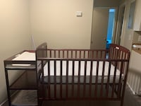 Baby Crib with changing table on End