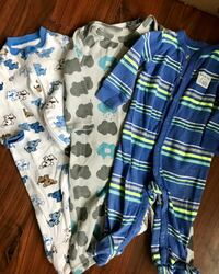 baby's three white, beige, and blue footie pajamas Hagerstown, 21742