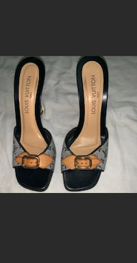 Louis Vuitton slip-on heels Tualatin, 97062