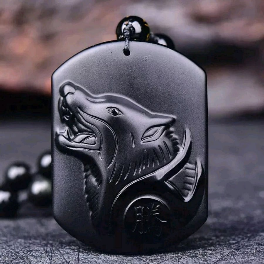 Obsidian Howling Wolf necklace ????