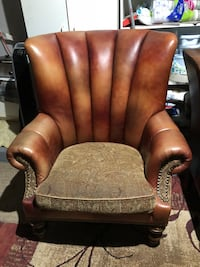 2 Leather Chairs Sterling Heights, 48312