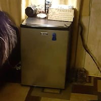 mini fridge  Plainwell, 49080