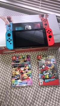Nintendo switch + 2 Games Silver Spring, 20910
