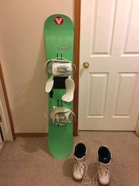 Sims board and boots