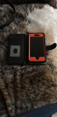 Black and red iphone case this is an iPhone 7 it has an Autre box and 132 GB of memory Bay Shore, 11706