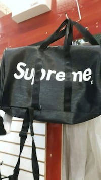 black and white Supreme duffel bag Montréal, H3N 2R6