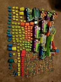 assorted color plastic toy lot Vancouver, 98665