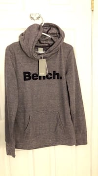 Bench hoodie (Large size) Coquitlam, V3B 0G1