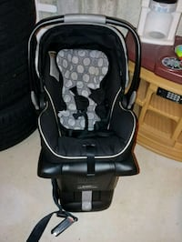 baby's black and gray car seat carrier Pleasantville, 08232