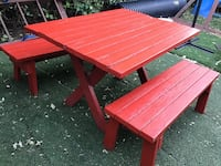 Nice good conditions Picnic Table