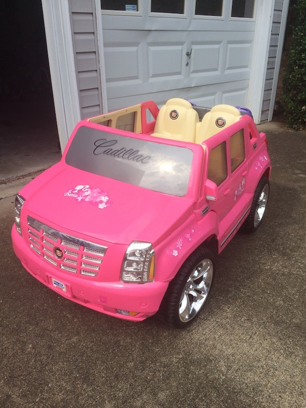 Brukt Barbie Cadillac Escalade Ride On Toy Car Til Salgs I Woodstock