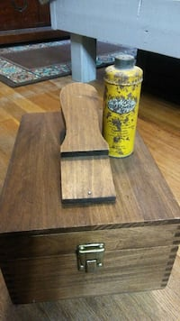 Shoe Shine Box with old Dr Sholls Foot Powder  Mount Airy, 27030
