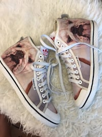 Adidas Limited Edition Bulldog High Tops. Size 6.5 Vancouver, V6Z 3A3