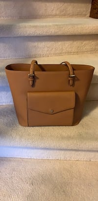 Brown leather 2-way bag Mississauga, L5M 3L2