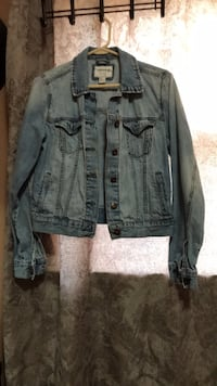 Jacket in small size Toronto, M3L 1W8