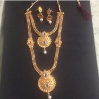 gold-colored necklace with pendant Voorhees, 08043