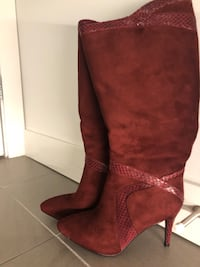 Brand New Size 7 Knee boots Vancouver, V6T 0C9