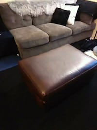 Large Brown Ottoman Bakersfield, 93309