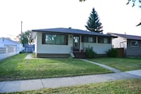 PRICED TO SELL: GREAT BUNGALOW IN WEST EDMONTON Edmonton