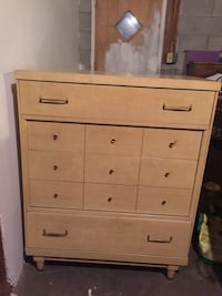 Vintage dresser with mirror and chestier draw Nashville, 37138