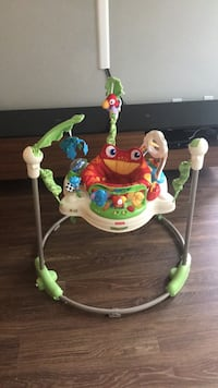 Baby's white and green jumperoo Austin, 78723
