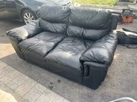FREE DELIVERY TODAY ONLY - BLACK LEATHER COUCH - GOOD CONDITION Toronto, M1E