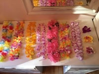 LOT OF 7 LEIS AND 3 ORCHID CLIPS Mont-Royal