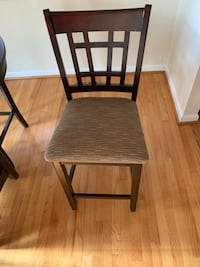 Bar Height Table and 6 chairs Charlotte, 28277