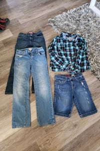 Size 10 to 12 little girls lot excellent shape  Calgary, T3K 6J7