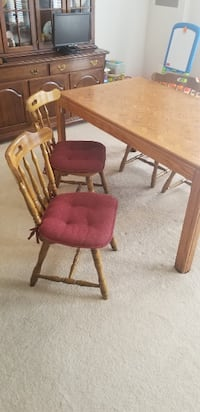Dinning table with chairs Stone Ridge