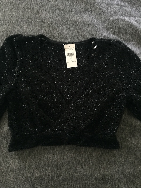 134e9344c5c Used Fashion Nova crop top for sale in Toronto - letgo