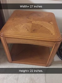 2 Square brown wooden side table Alexandria, 22315