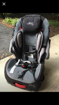 baby's black and gray car seat Washington