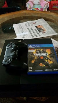 console game and controller  Ada, 74820