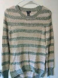 Rue 21 size S sweater East Spencer, 28039