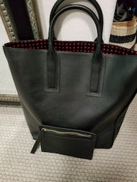 DVF Black Leather Tote with pouch New  Camarillo